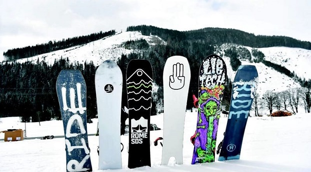 Different types of snowboards