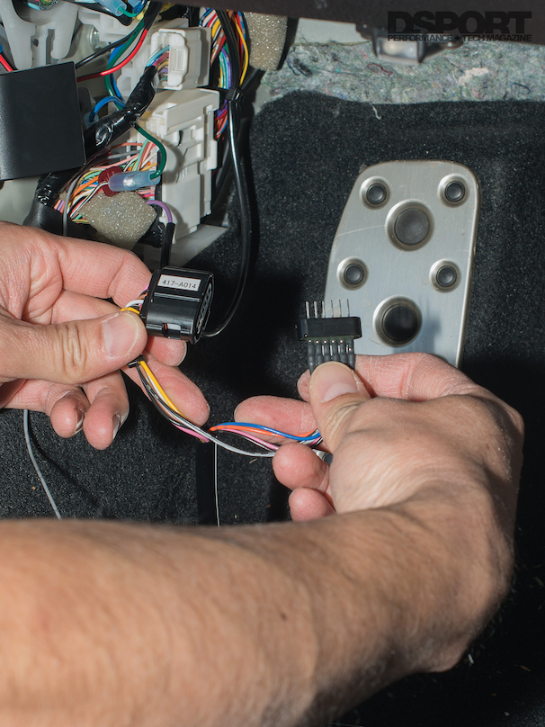 installing throttle controller