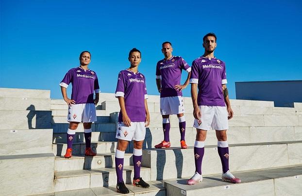 team wearing kappa jerseys