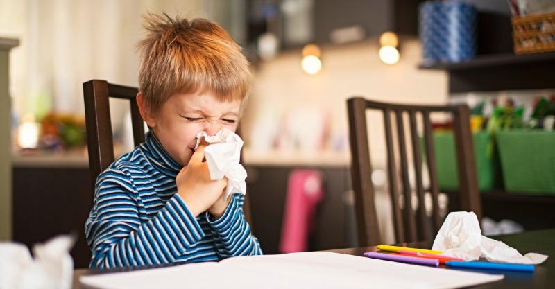 little-boy-sneezing